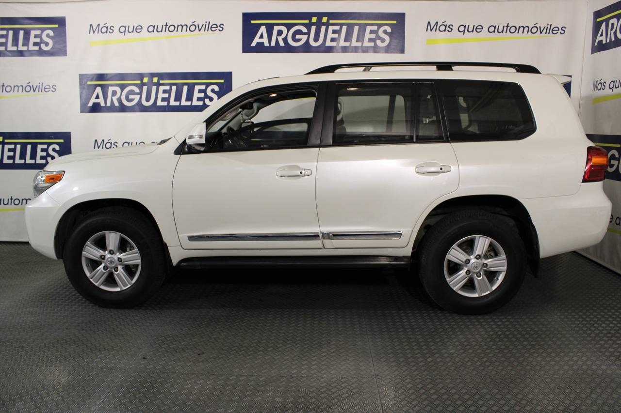 Toyota Land Cruiser 200 5.7L V8 ARMOURED BLINDADO 388cv